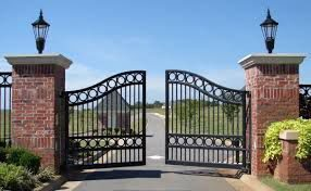 Монтаж распашных ворот
